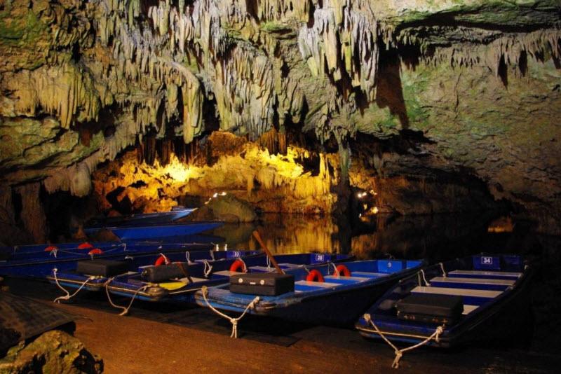 diros_caves1